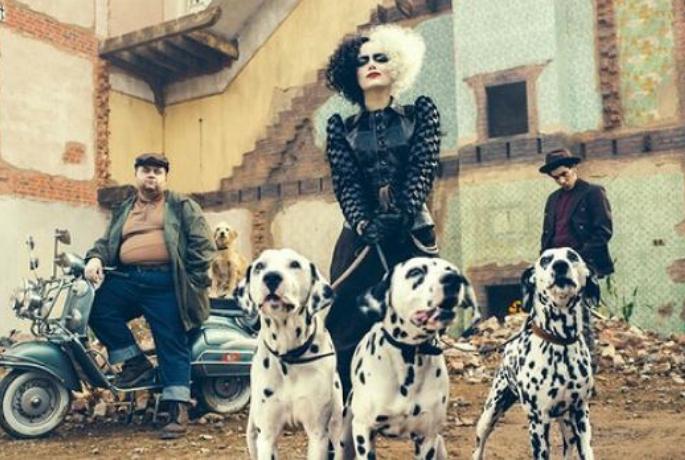 Emma Stone jako Cruella. Pierwszy zwiastun najnowszej produkcji Disneya.